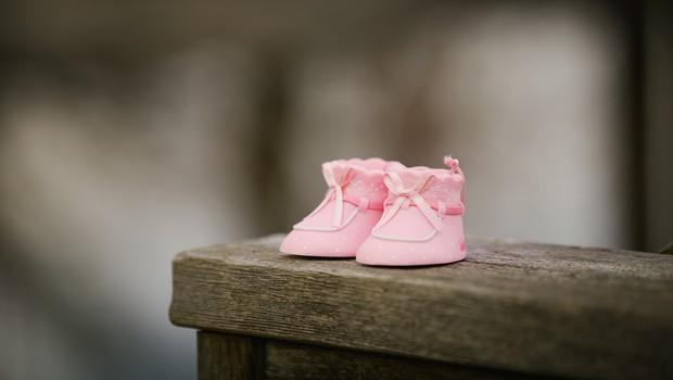 Bila sem mama. Za kratek čas. (Ganljive pripovedi mamic ob dnevu spomina na otroke, umrle med nosečnostjo ali kmalu po porodu) (foto: Unsplash)