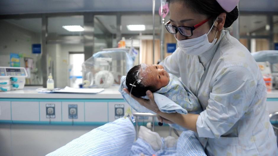 67-letna Kitajka uradno postala najstarejša novopečena mati (foto: profimedia)