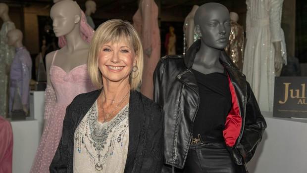 Olivia Newton-John z več kot 500 predmeti na dražbo za boj proti raku (foto: profimedia)