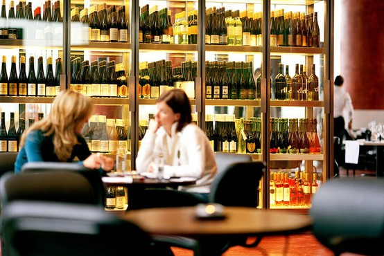 Avstrija zaostruje prepoved kajenja v gostinskih lokalih