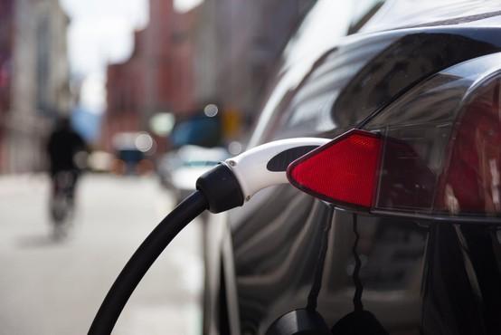 Ameriški znanstveniki razvili baterijo, ki električni avtomobil napolni v 10 minutah