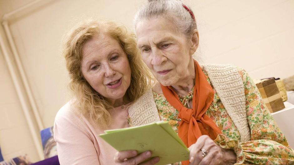 Iskanje rešitev za demenco, ki spremeni življenje tako bolniku kot bližnjim (foto: profimedia)