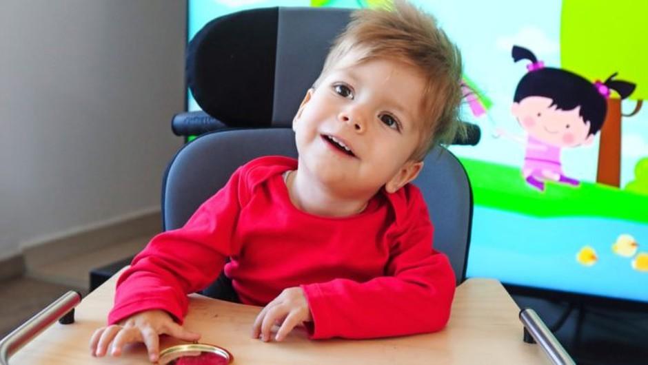 Porabo sredstev za malega Krisa Zudicha bo mogoče javno spremljati (foto: zpms press)