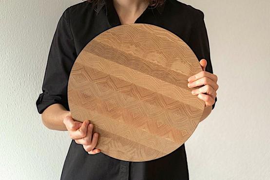 Rezalna deska z vzorcem čipke (in drugi vrhunski slovenski izdelki za dom ta hip)