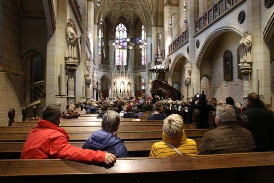 Nemška evangeličanska cerkev v reviziji identificirala 770 žrtev spolnih zlorab