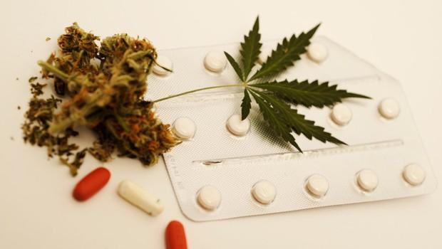 Zaradi predpisovanja kanabinoidov prijavili štajerskega zdravnika internista (foto: profimedia)