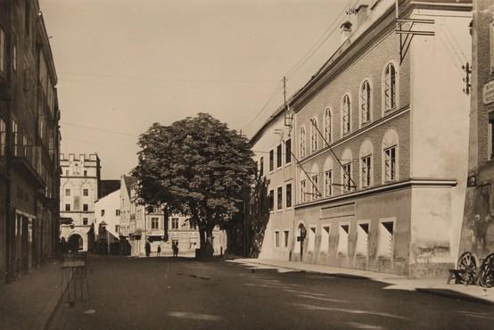 V Hitlerjevo rojstno hišo se bo zaradi neonacistov vselila kar policija