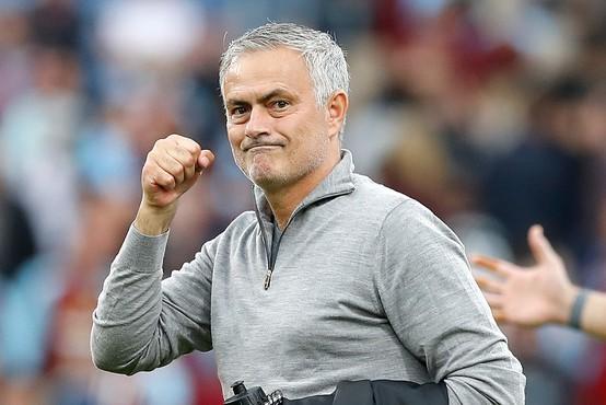 Jose Mourinho bo na sezono zaslužil 15 milijonov funtov