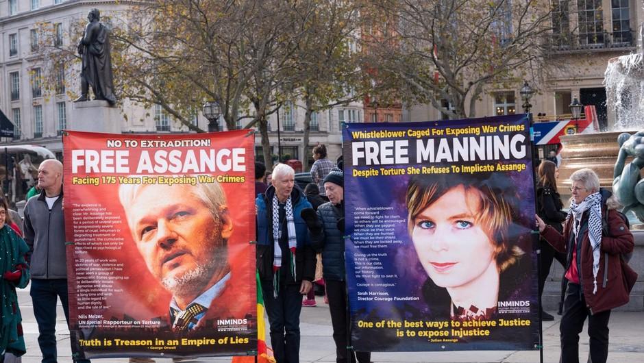 Assangeovo zdravje se je v britanskem zaporu zaskrbljujoče poslabšalo (foto: profimedia)