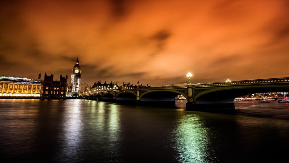 Policija napad z nožem na Londonskem mostu obravnava kot terorizem (foto: profimedia)