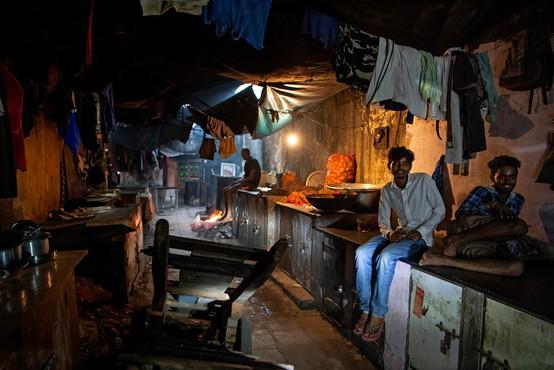 Indijske oblasti bodo plačale odškodnino državljanom, ki trpijo zaradi onesnaženega zraka