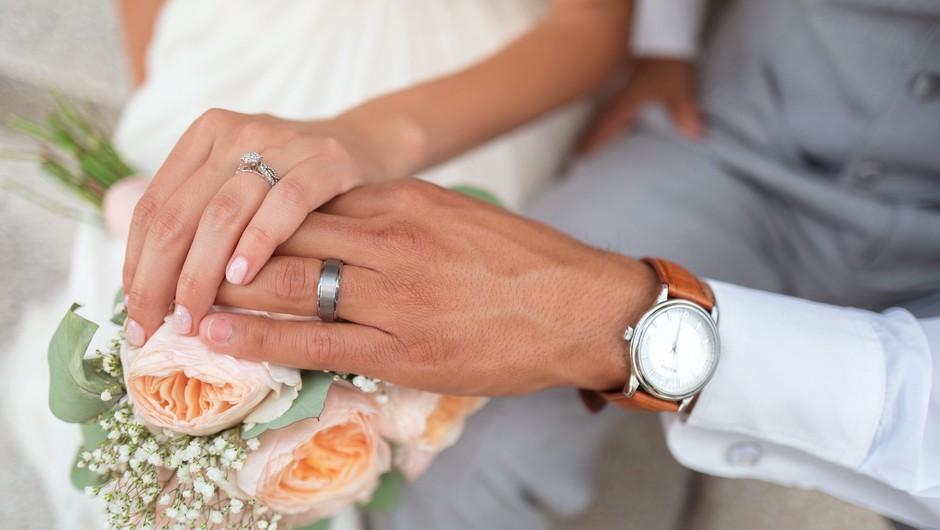 V Sloveniji narašča število moških, ki po poroki prevzamejo ženin priimek (foto: Unsplash)