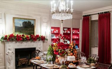 Praznična dekoracija Bele hiše letos v duhu Amerike