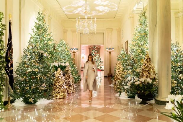 Praznična dekoracija Bele hiše letos v duhu Amerike (foto: profimedia)
