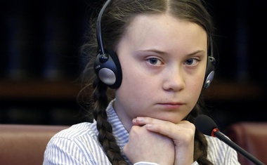 Pretresljiva življenjska zgodba Grete Thunberg in planet v krizi