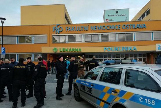 Več mrtvih v streljanju na urgenci bolnišnice na Češkem
