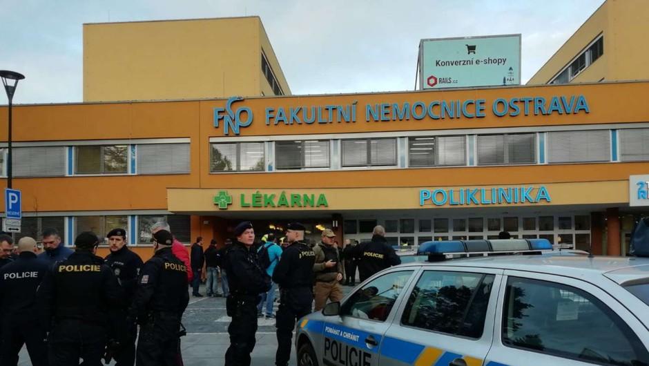 Več mrtvih v streljanju na urgenci bolnišnice na Češkem (foto: Twitter/STA)