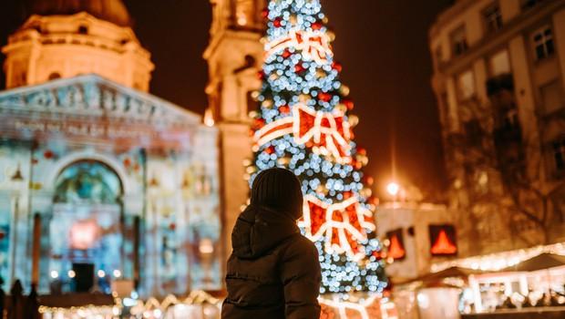 Pet najlepših božičnih sejmov po Evropi (tudi čisto blizu Slovenije) (foto: AdventBazilika.hu)
