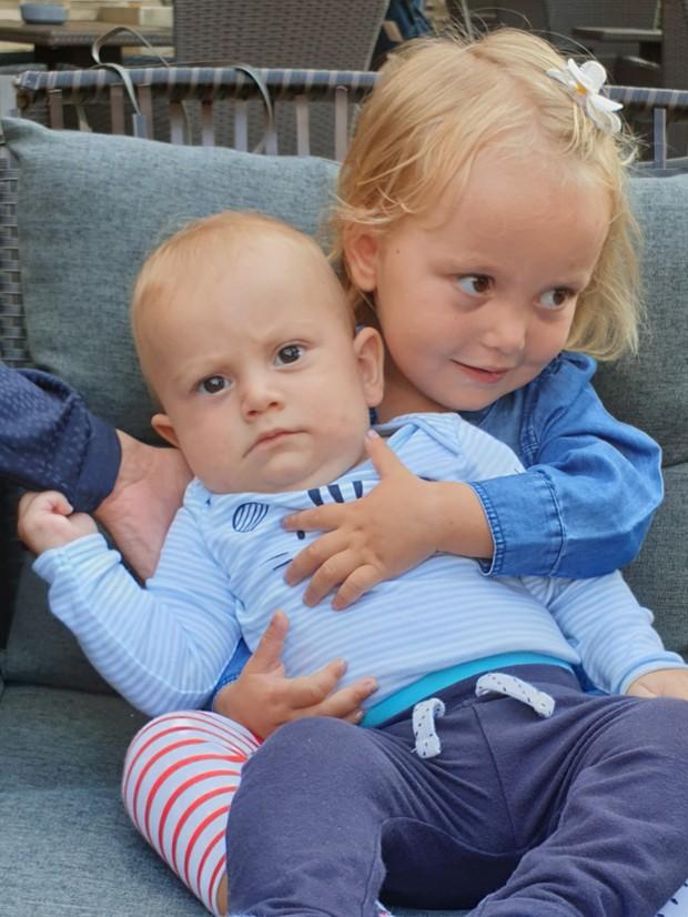 3-letna Sofija in 9-mesečni Adam potrebujeta pomoč dobrih Slovencev! (foto: osebni arhiv družine)