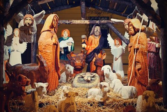 Božič v Sloveniji: v torek polnočnice, v sredo dopoldan božične maše