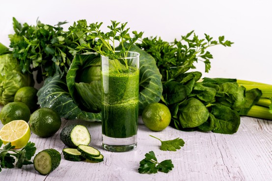 Čudežno zdravilo iz zelene z Instagrama zdaj tudi za zdravljenje ščitnice?