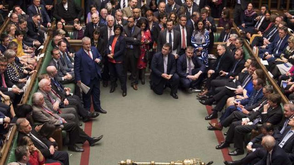Britanski poslanci potrdili zakon o izstopnem sporazumu (foto: Xinhua/STA)
