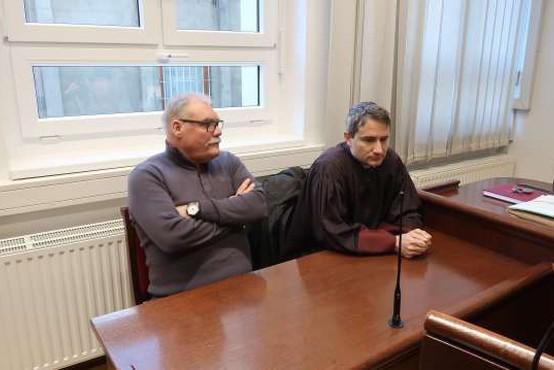 Borisu Kobalu za plagiatorstvo 15 mesecev pogojne zaporne kazni