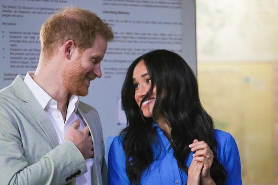 Harry in Meghan nista prva, ki se umikata iz britanske kraljeve družine