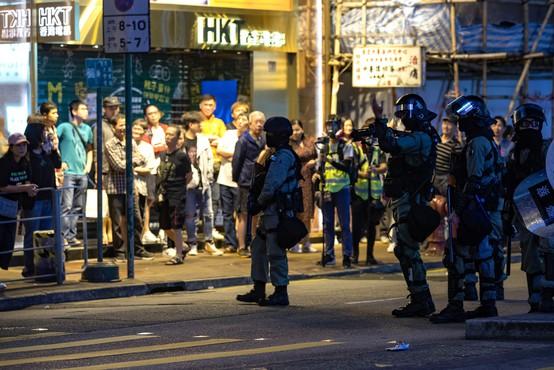 Ljudje v Hongkongu zaradi protestov v hudih duševnih stiskah