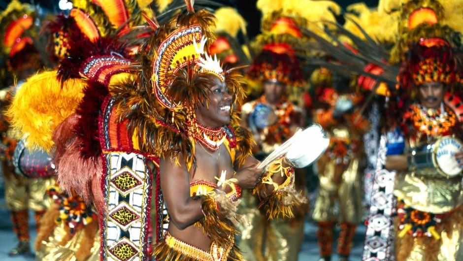 V Braziliji se je pričel tradicionalni karneval, ki bo letos trajal kar 50 dni (foto: profimedia)
