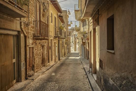V Italiji več deset aretiranih zaradi zlorabe evropskih sredstev
