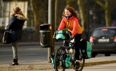 Norvežanka s kolesom iz Južne Afrike do Norveške s postankom v Sloveniji