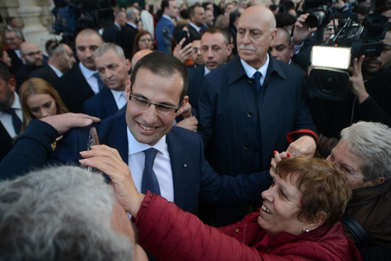 Na malteških ulicah od novega premierja zahtevali pravico za umorjeno novinarko