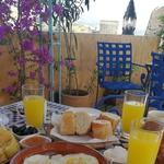 Zajtrk z razgledom na Fez (foto: Maja Fister)