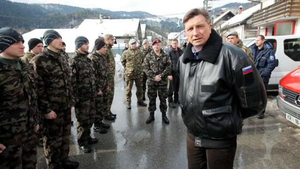 O novih črnih usnjenih jopičih Slovenske vojske (in kdo vse jih lahko nosi) (foto: Daniel Novakovič/STA)