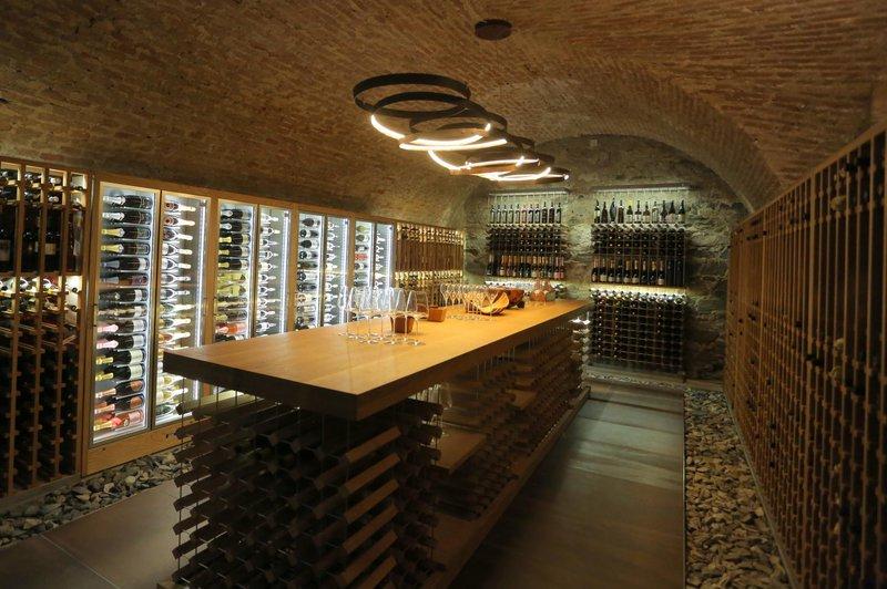 Grajska vinoteka