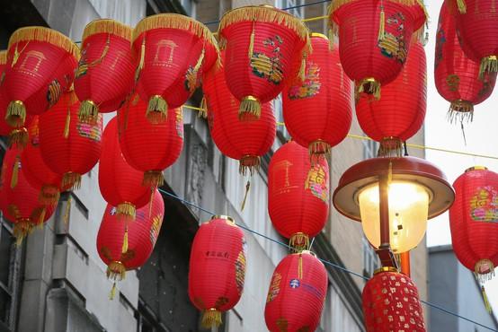 Kitajci s praznovanji v leto podgane, jasnovidci pa z napovedmi za 2020