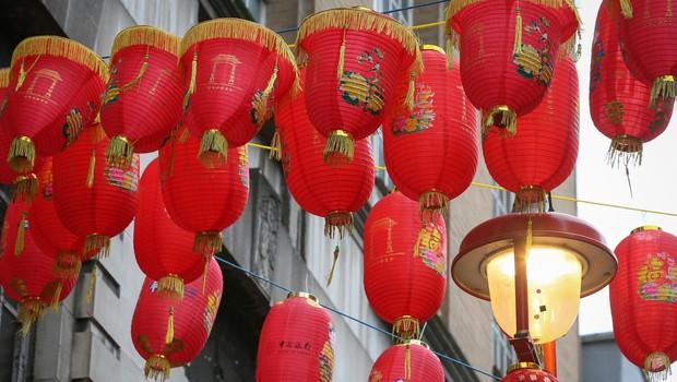 Kitajci s praznovanji v leto podgane, jasnovidci pa z napovedmi za 2020 (foto: profimedia)