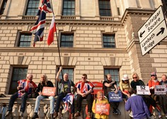 Polovica v Veliki Britaniji živečih Slovencev svoj status že uredila