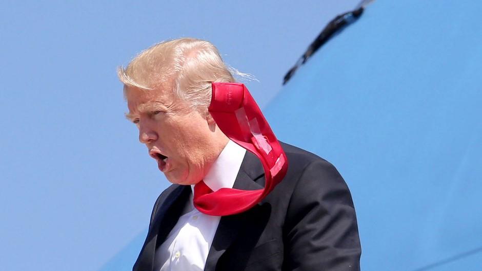 Veter odpihnil del Trumpovega zidu na meji z Mehiko (foto: profimedia)