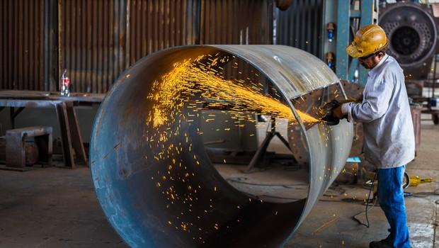 Slovenija: Zamolčane nezgode pri delu, ki se v 15-29 primerih na leto končajo s smrtjo (foto: unsplash.com)