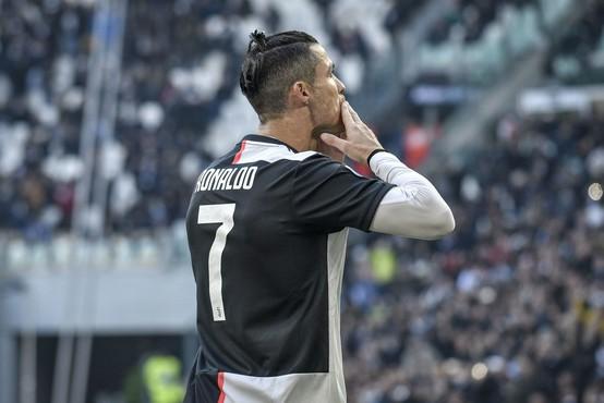 """Fraza """"obnašaš se kot Cristiano Ronaldo"""" v Južni Koreji postala viralna"""