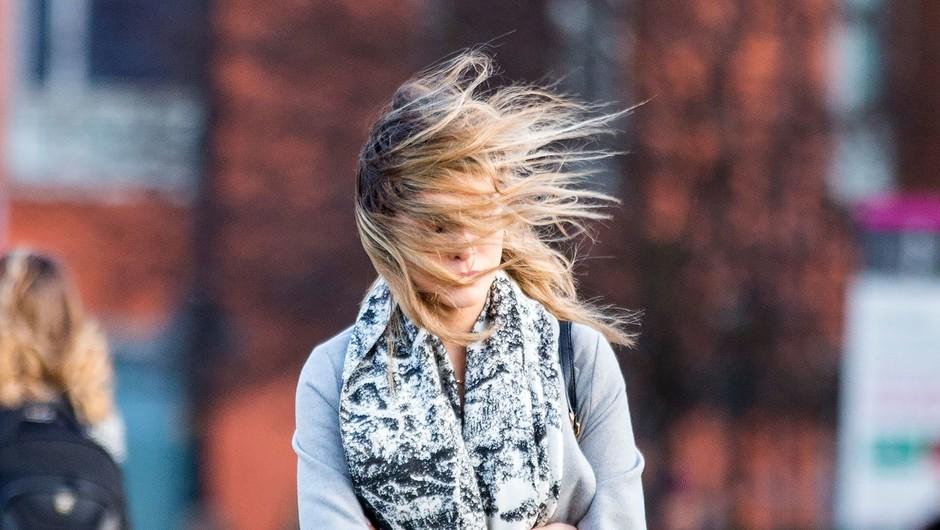 Pod Karavankami bo pihal veter s hitrostjo okoli 100 kilometrov na uro (foto: profimedia)