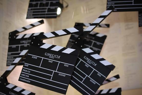 Podelitev oskarjev letos drugič brez voditelja in v znamenju #OscarsSoMale
