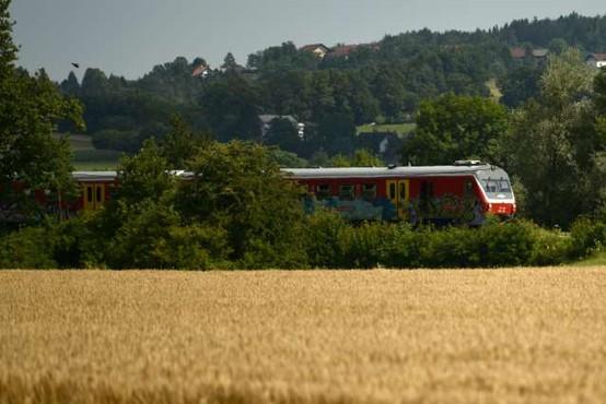 Na informativne dneve se bodo mladi lahko zapeljali tudi z vlakom