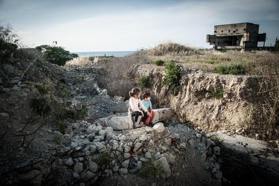 415 milijonov otrok po svetu živi na območjih vojne ali konflikta