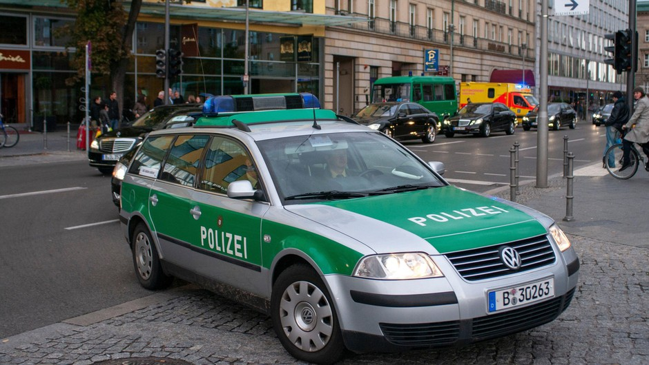 V Nemčiji racije proti domnevnim desničarskim teroristom (foto: profimedia)