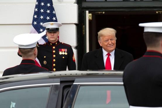 Trump jemlje vojski 3,8 milijarde dolarjev za zid na meji z Mehiko