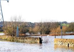 Ciara razmočila tla in napolnila struge, Dennis obeta rušilne poplave