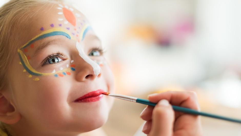 Pustna ličila: večina vsebuje neželene kemikalije, ki so še posebej problematične za otroke! (foto: Profimedia)
